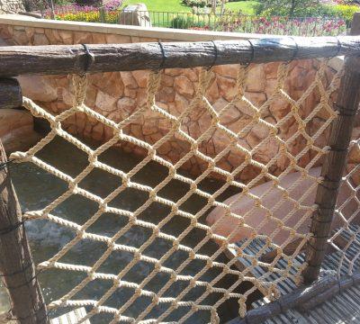 theme-park-barrier-netting